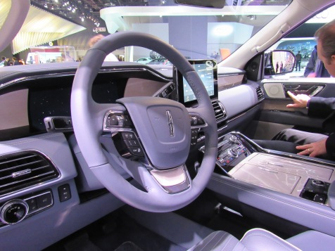 Lincoln Navigator Interior - 2018 Truck of the Year