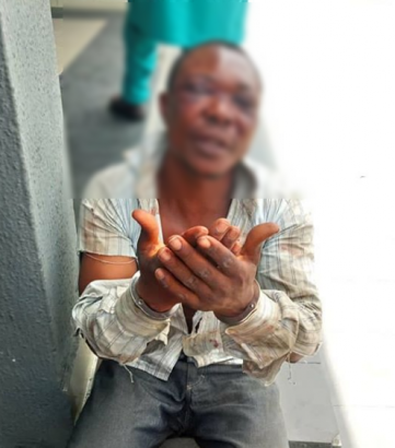 Nigerian Man Rescues His Wife and 2 Sons from Kidnappers in